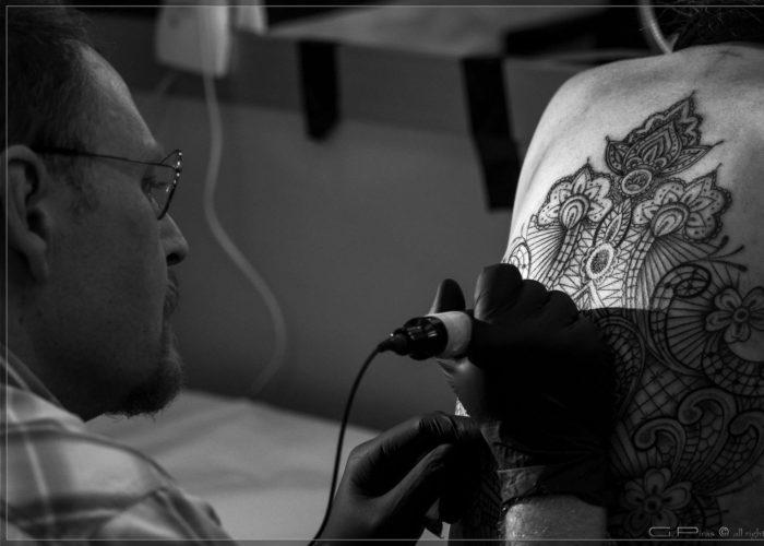 Roma: 8 consigli pratici per garantirsi un bel tatuaggio e prevenire i rischi