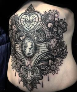 tatuaggi linea sottile