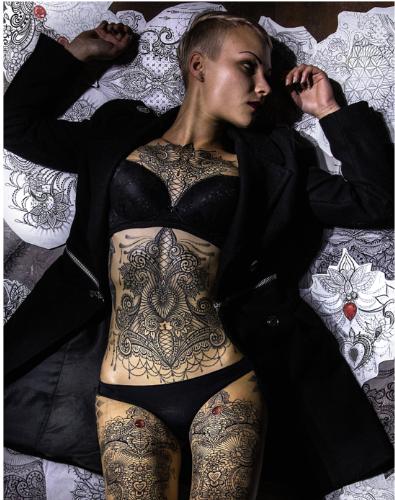 Tatuaggio ornamental di Marco Manzo