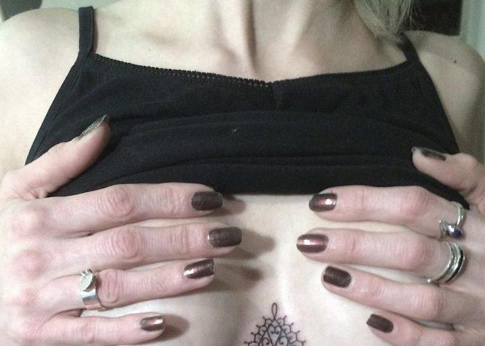 Tatuaggi sottoseno